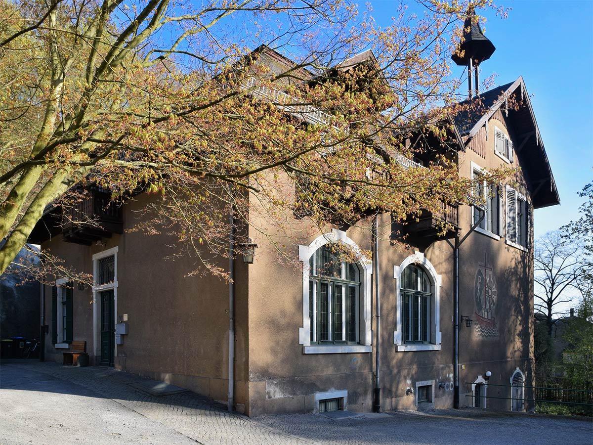 kirchgemeinde-loschwitz-saal-g36-bildergalerie-01